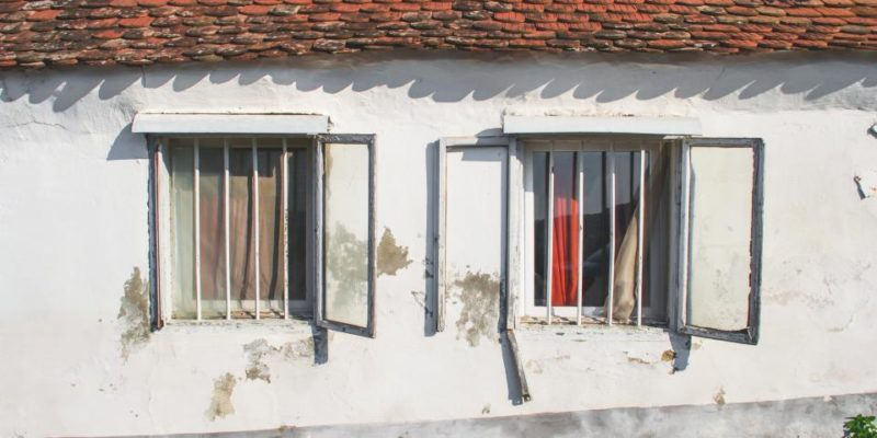 Delapidated windows